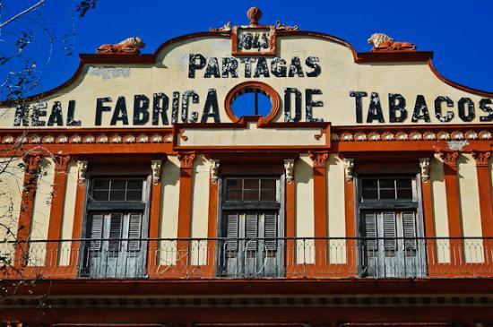 partagas-cigar-factory